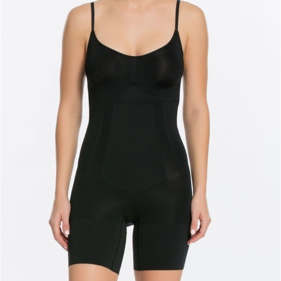 SPANX Other - NWT Spanx Oncore Mid-Thigh Bodysuit Black
